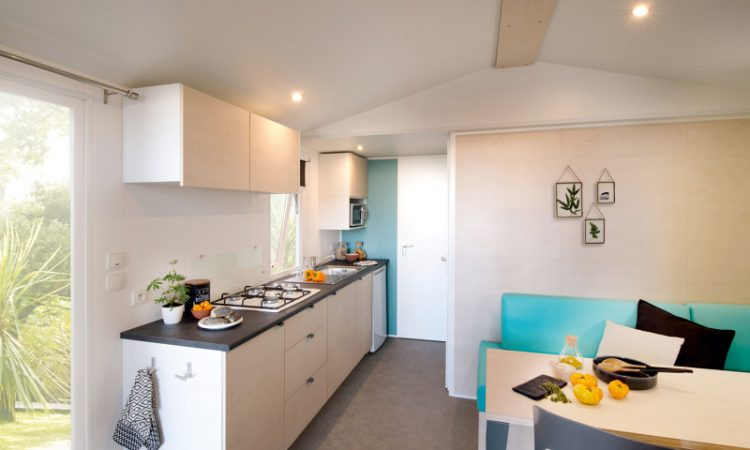 Spacious living room with kitchen in the new mobilehome SuperMercure