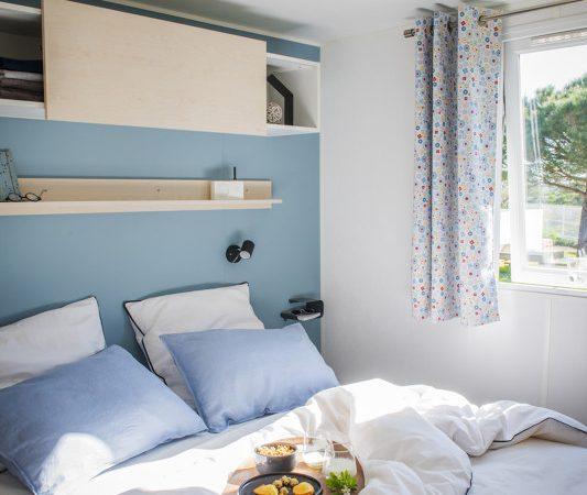 confortable bedroom near the beach le pouldu